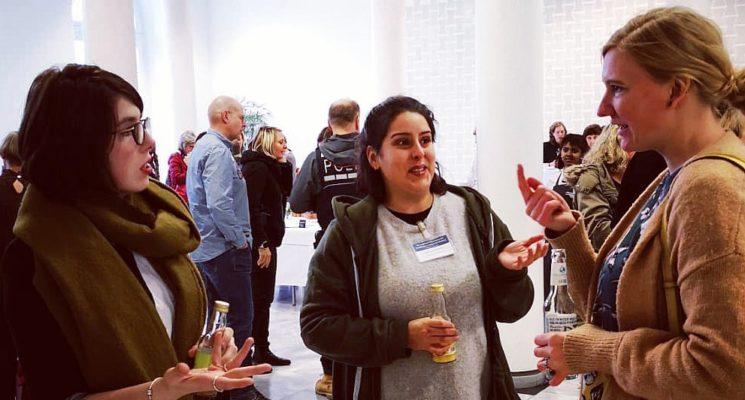 Hier ist ein Bild von unseren Plan W und CoWomen Heidelberg Mitarbeiterinnen bei dem Fachkongress in Stuttgart.
